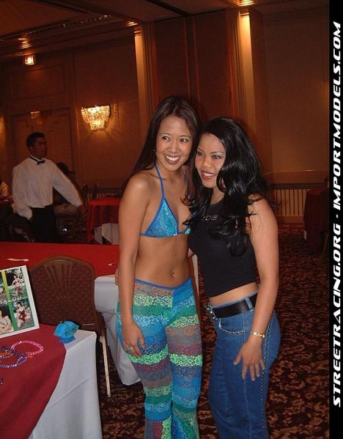 BikiniModelExpoLosAngelesCa0422011105124919acg2.jpg