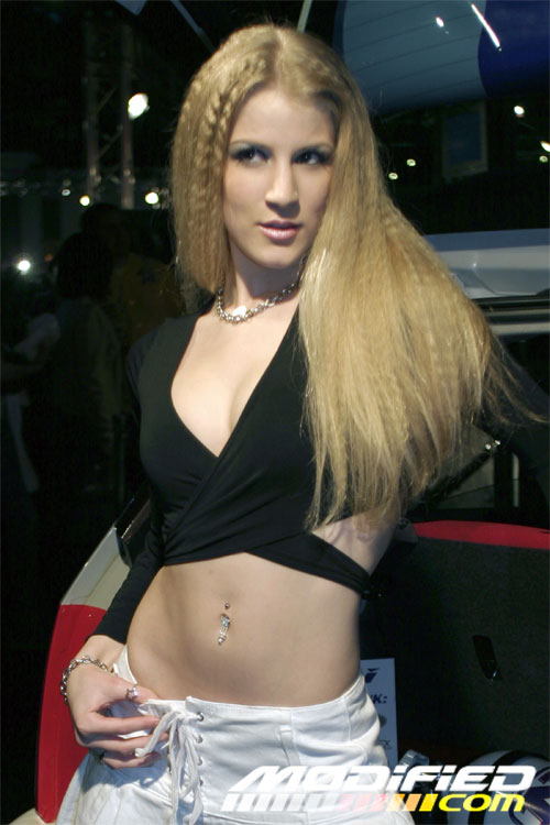 HotImportNights-LosAngeles-03-06-0417729HIN_LA_0304_GIRLS-18.jpg
