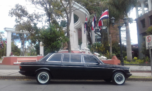 Tribunal-Supremo-de-Elecciones-Republica-de-Costa-Rica-MERCEDES-300D-LIMOUSINE.jpg