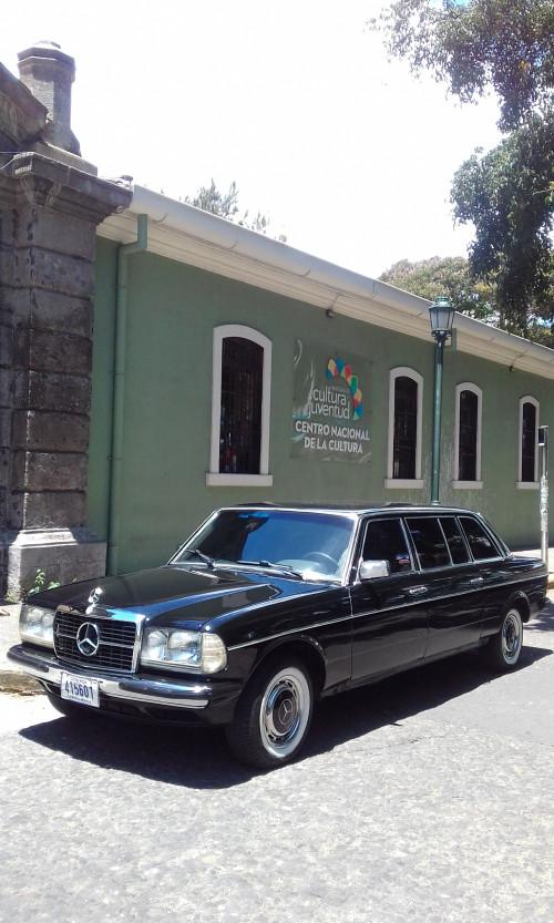 El-Centro-Nacional-de-la-Cultura-Cenac.-COSTA-RICA-MERCEDES-300D-LANG.jpg