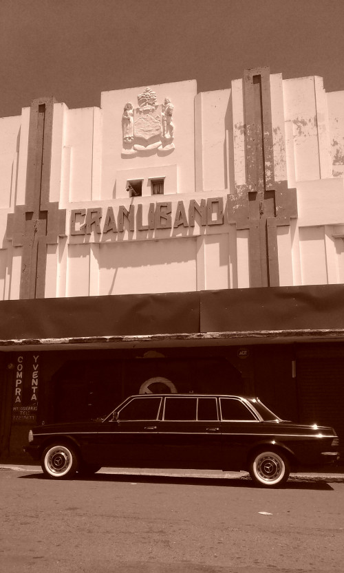El-antiguo-cine-Libano.-COSTA-RICA-MERCEDES-ART-DECO-TOURS..jpg