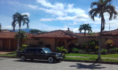 LARGE-TROPICAL-MANSION.-COSTA-RICA-MERCEDES-300D-SERVICE..jpg