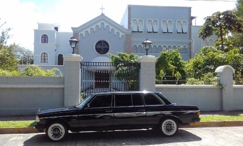 Nunciatura-Apostolica-de-la-Santa-Sede-el-Vaticano-en-San-Jose-Costa-Rica-Barrio-Rohrmoser.-MERCEDES-300D-LIMO..jpg